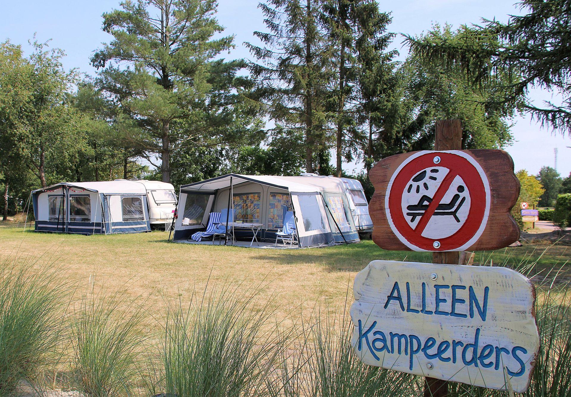 Comfort kampeerplaats op ANWB 5 sterren camping - Comfort kampeerplaats Overijssel