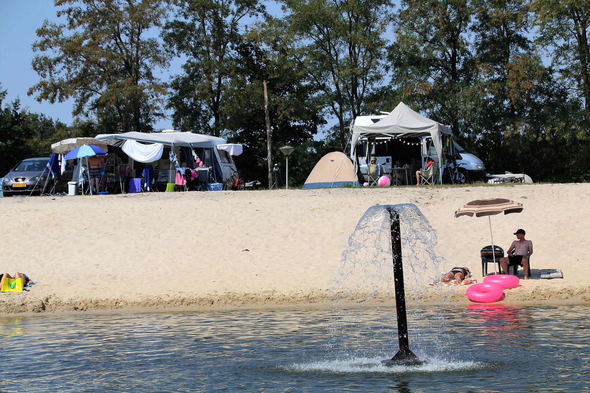 Kamperen in juni bij Vakantiepark het Stoetenslagh - kamperen in juni Overijssel