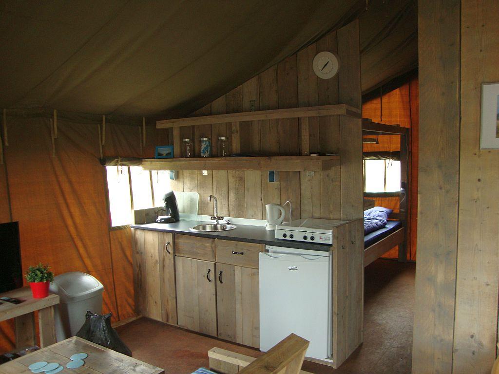 Kampeertent huren in augustus op Vakantiepark het Stoetenslagh - Heerlijke kampeertent huren in augustus