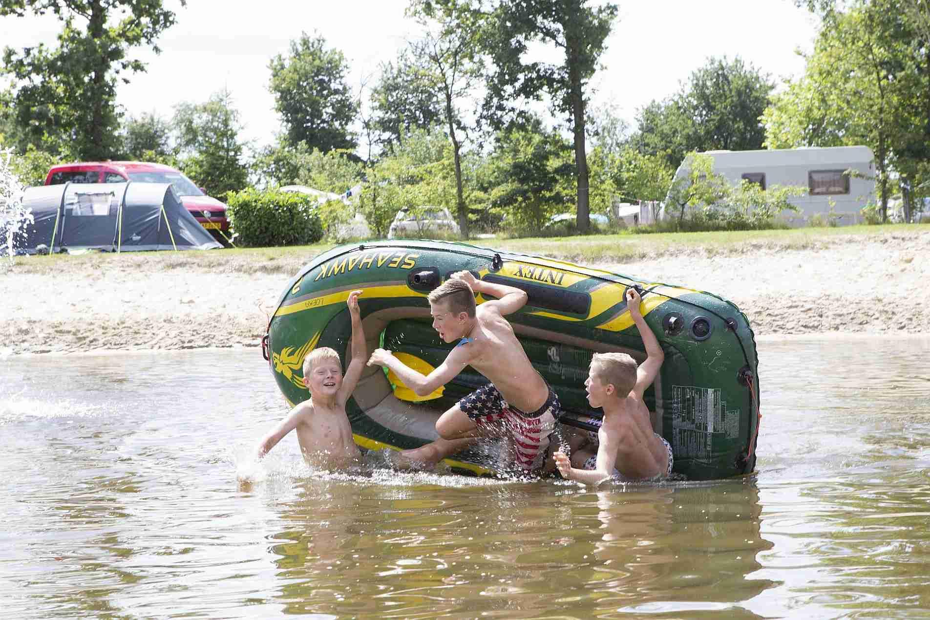Strandvakantie in Overijssel op een 5 sterren camping - Heerlijke strandvakantie in overijssel