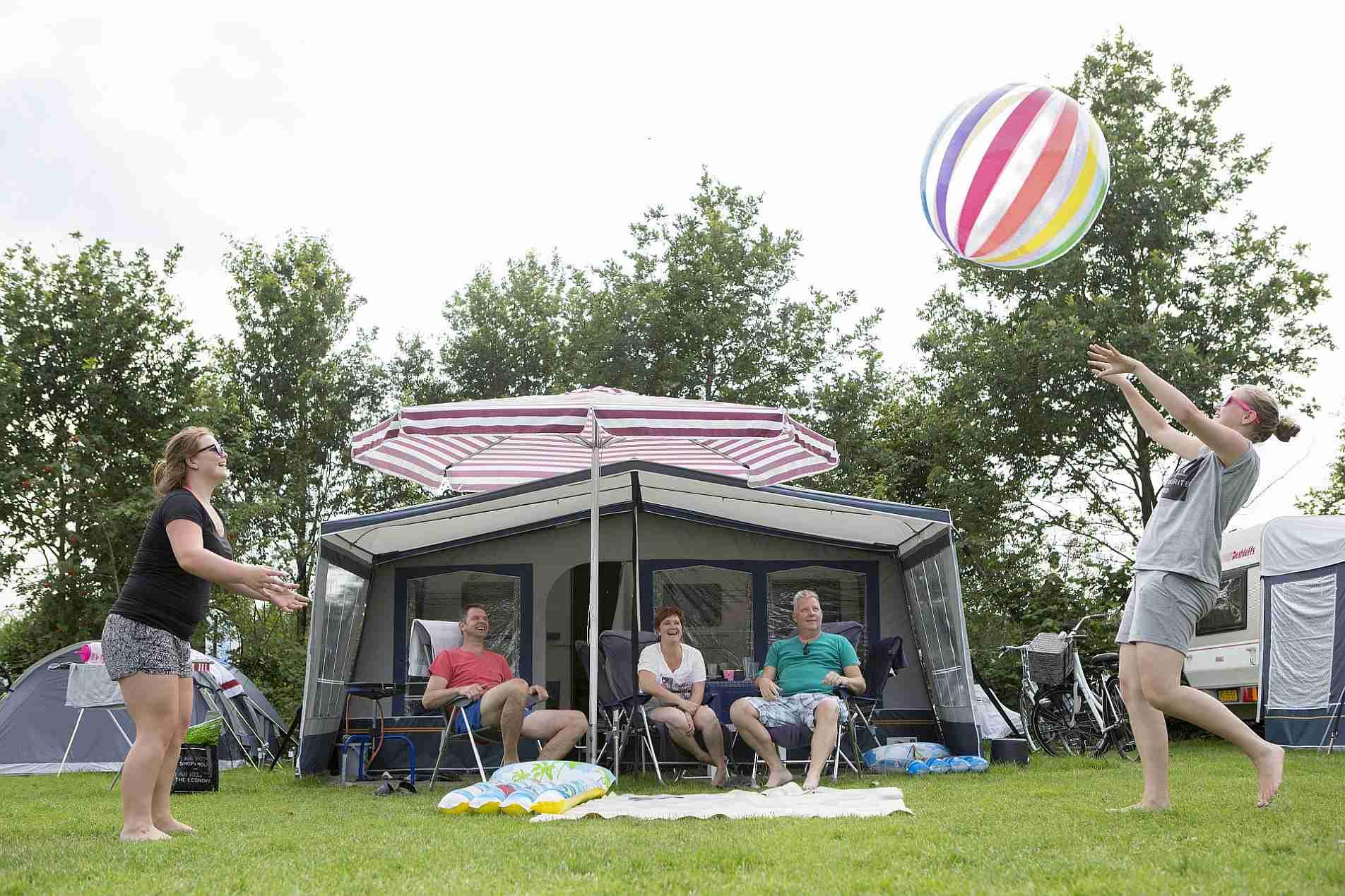 Voorseizoen kamperen - Voorseizoen kamperen op het Stoetenslagh