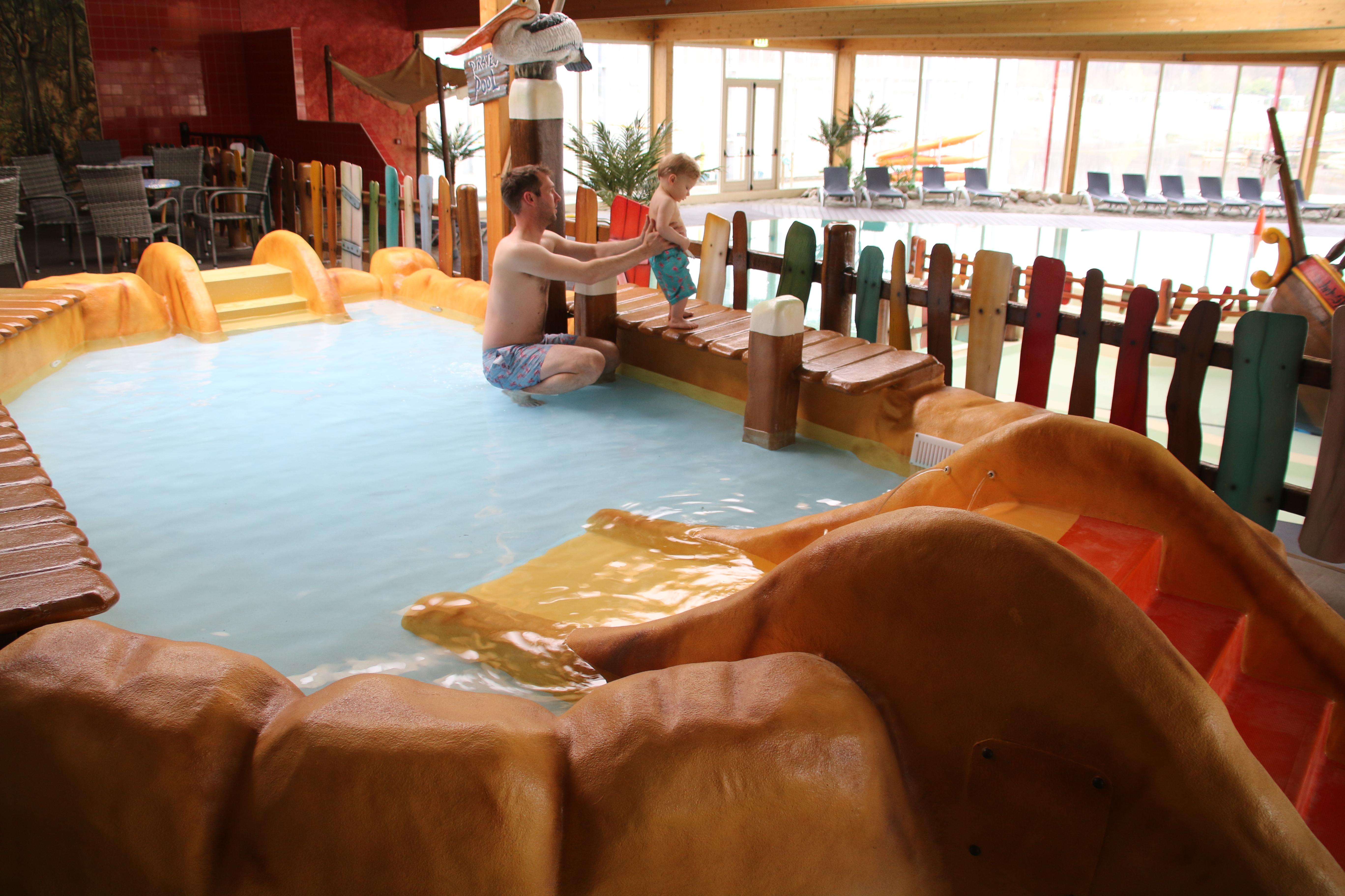 Zwembad reserveren - Peuterbad zwembad Overijssel